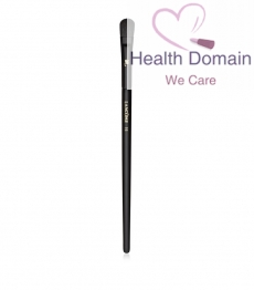 Eyelid & Brow Bone Shadow Brush
