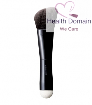W Foundation Brush